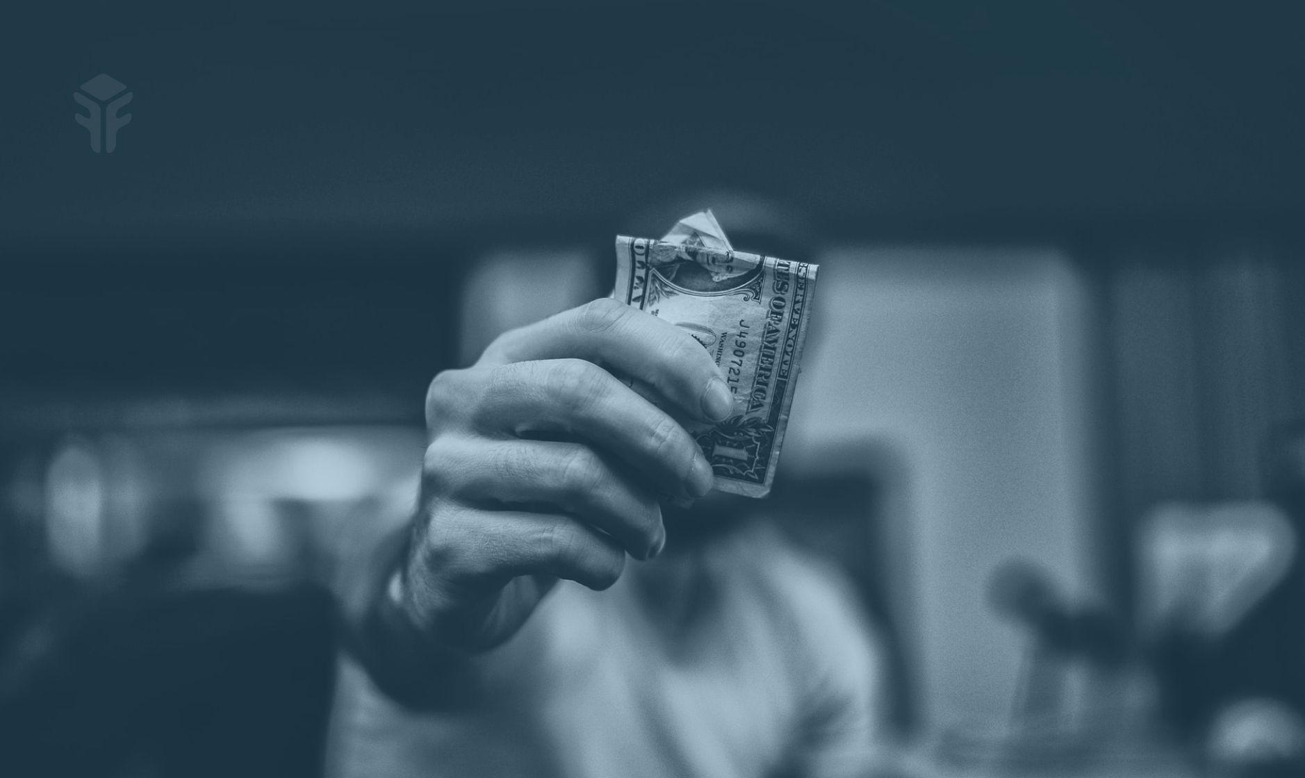 Freebe : Combien gagne-t-on réellement en freelance? Du CA au compte personnel